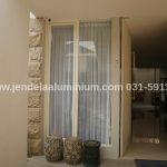 jendela casement rumah surabaya timur
