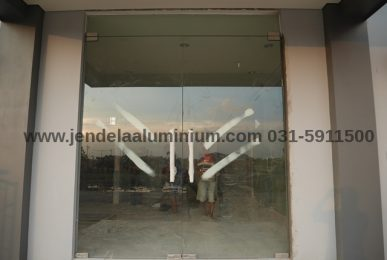 pintu kaca frameless ruko