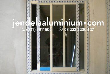 jendela geser rumah surabaya barat
