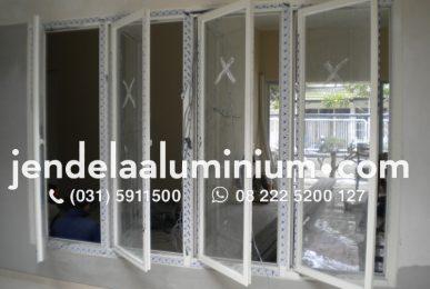 jendela casement surabaya selatan